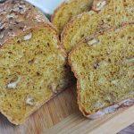 Jesenný tekvicový chlebík s orechami